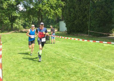 Probíhání do druhého kola závodu - ještě tři