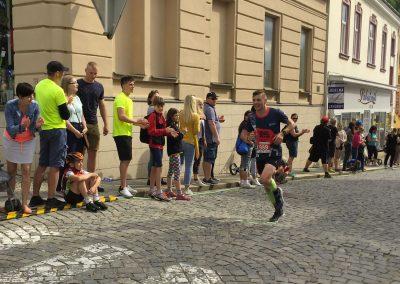 Pár metrů před cílem na boskovickém náměstí